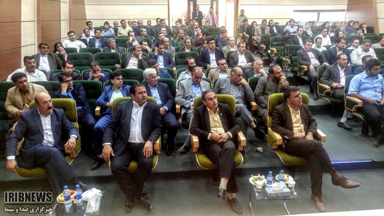 برگزاری همایش گرامیداشت دهه تولید ملی و روز صنعت و معدن در یاسوج